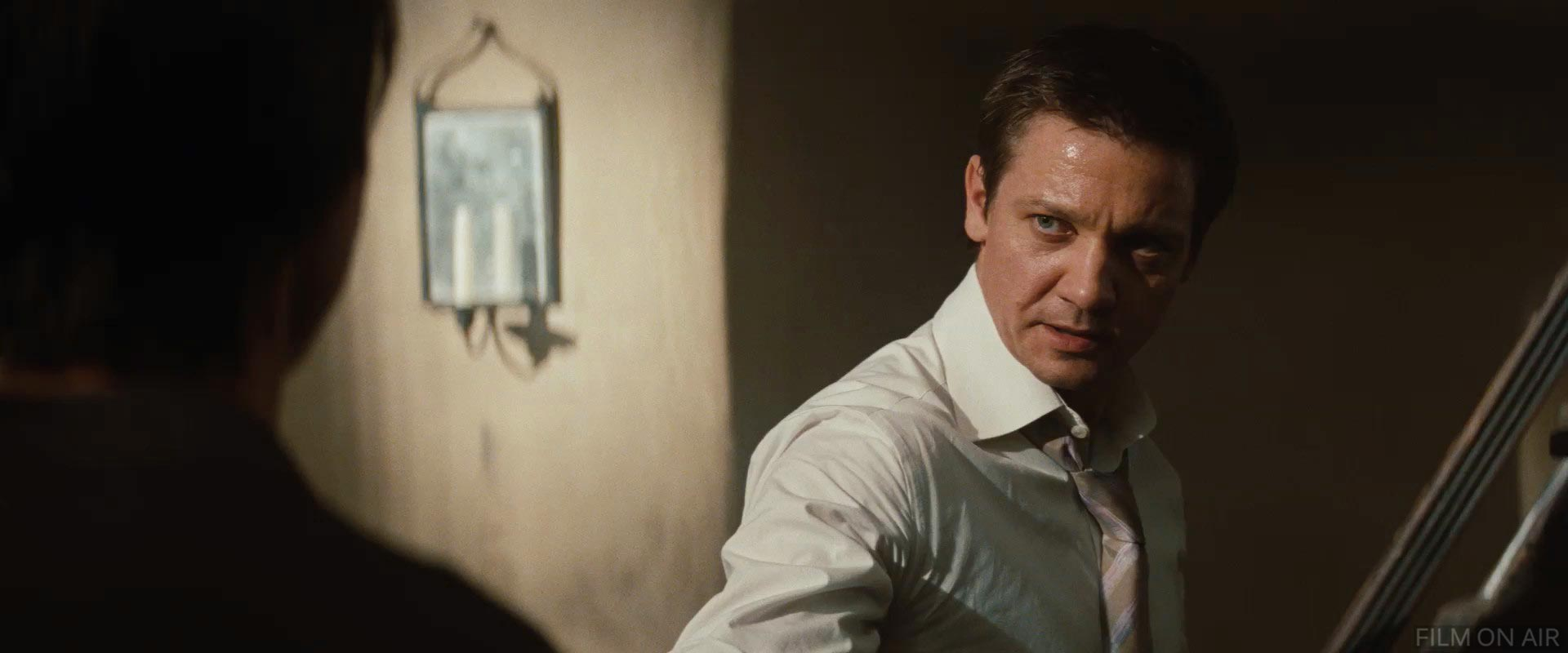 Jeremy Renner in Mission: Impossible 4 - Ghost Protocol