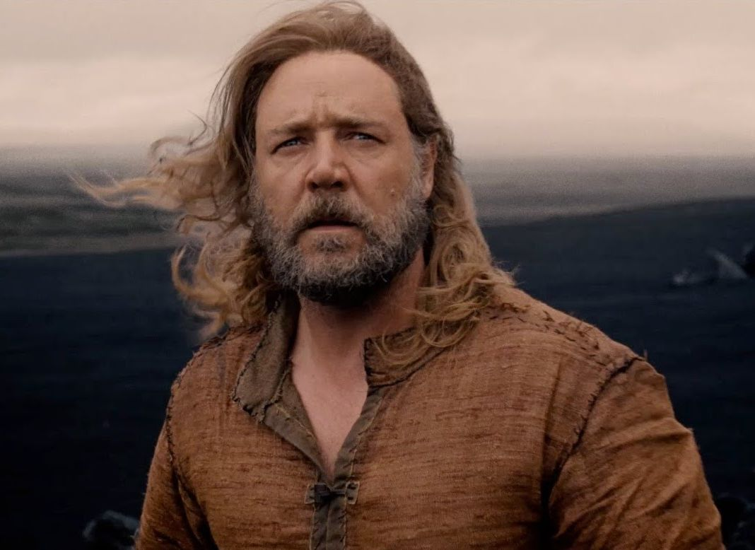 Russell Crowe looks into the distance