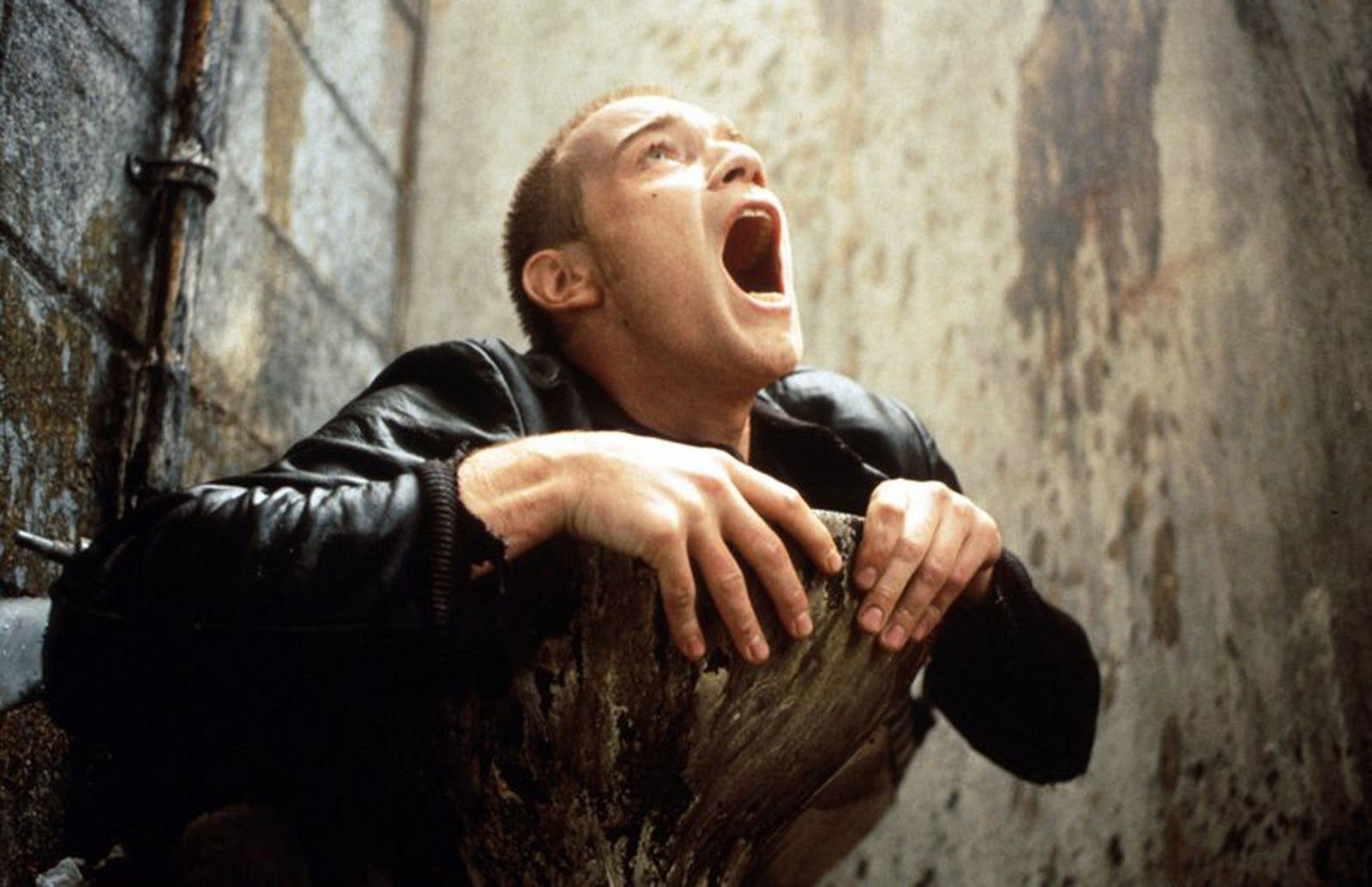 The faeces in the toilet scene from Trainspotting, were actu
