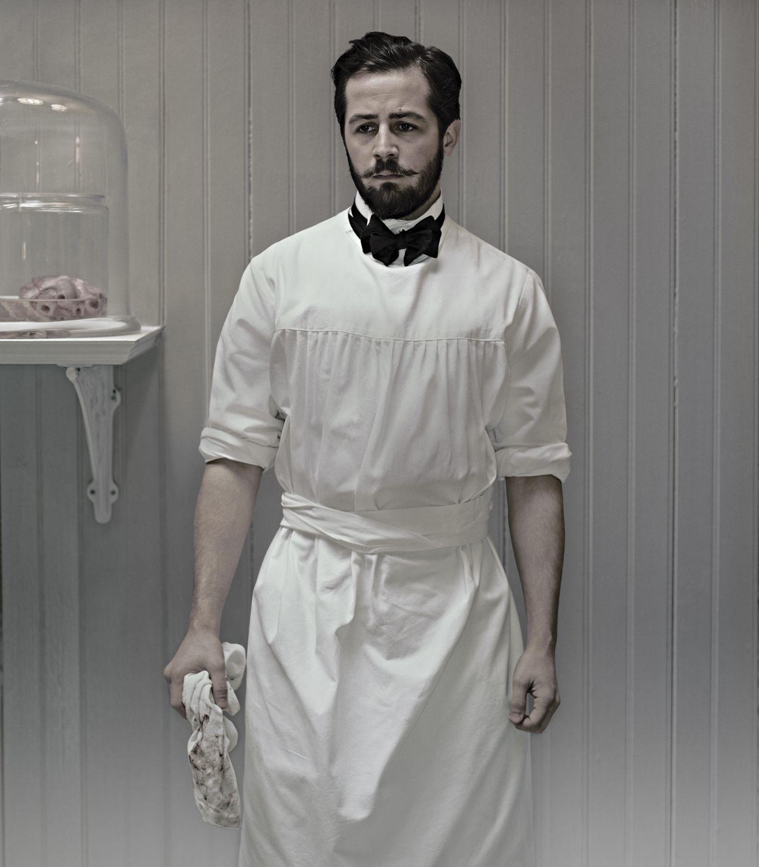 Michael Angarano as Bertie