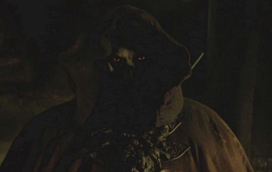The hooded Master, The Strain