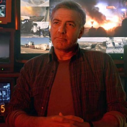'Tomorrowland' Never Stretches Its Legs Beyond the Possibility of its Premise