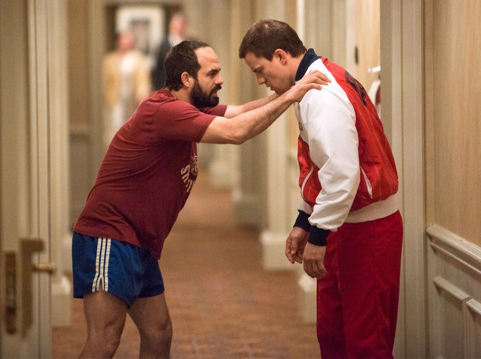 Mark Ruffalo and Channing Tatum training in Foxcatcher