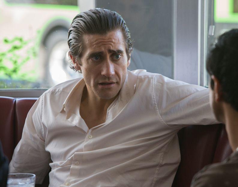 Jake Gyllenhaal's slick hair, 90's look in Nightcrawler