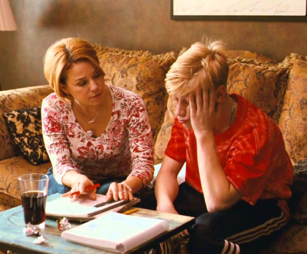 Steve and Kyla doing homework - Mommy