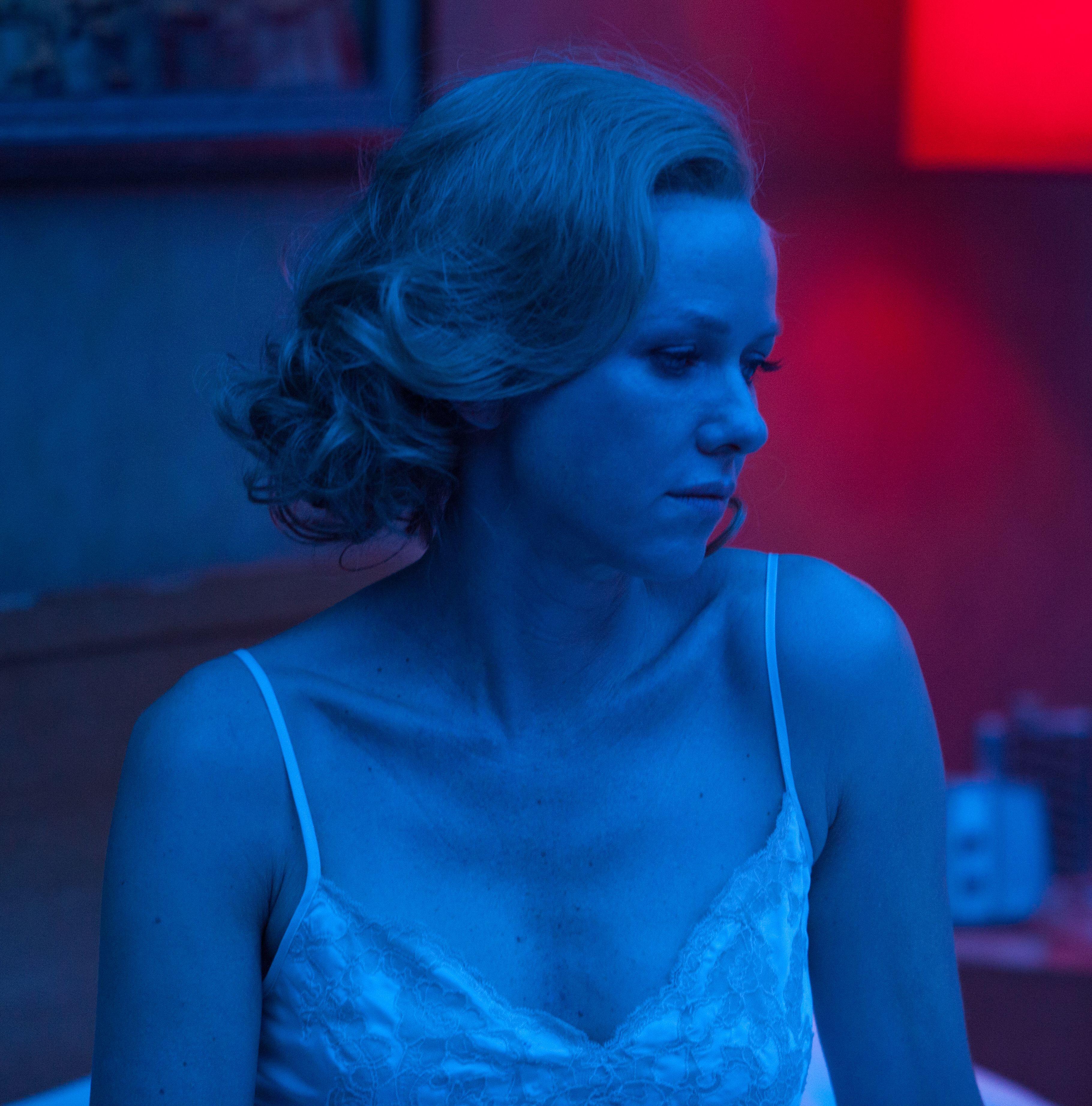 Naomi Watts in blue