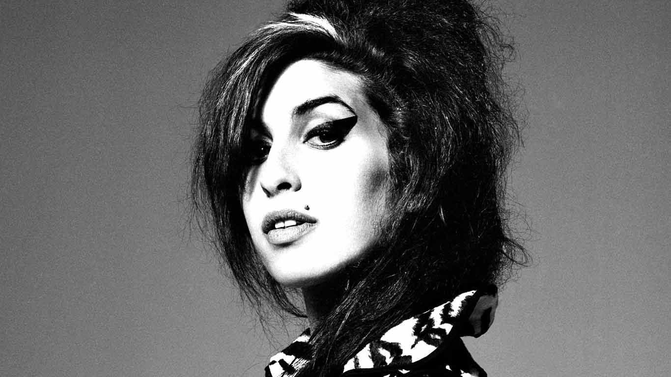 """Family of Late Singer Describe 'Amy' Documentary """"Misleading"""""""
