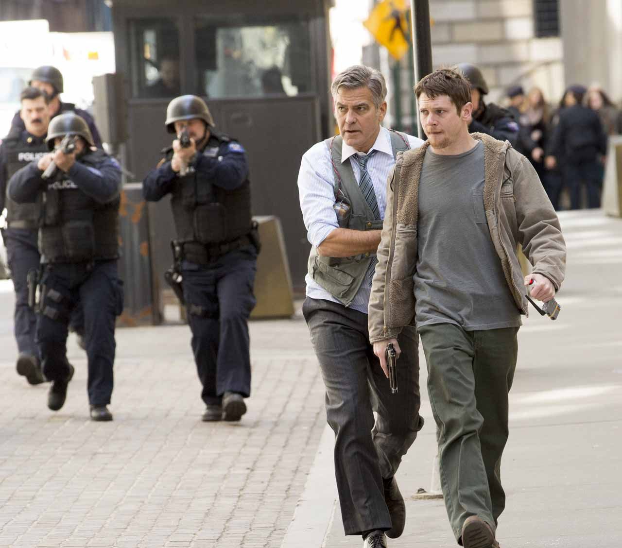 First Look at George Clooney and Jack O'Connell in the 'Mo