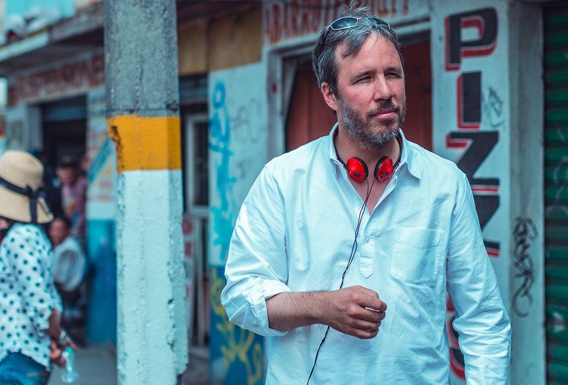 Director Denis Villeneuve (Prisoners) on the set of Sicario
