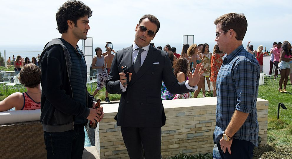 Jeremy Piven practically outshines the two male lead, Adrian