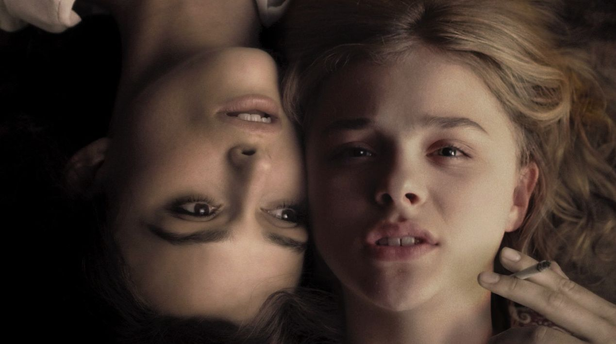 Chloë Grace Moretz and Keira Knightley smoke in Laggies ...
