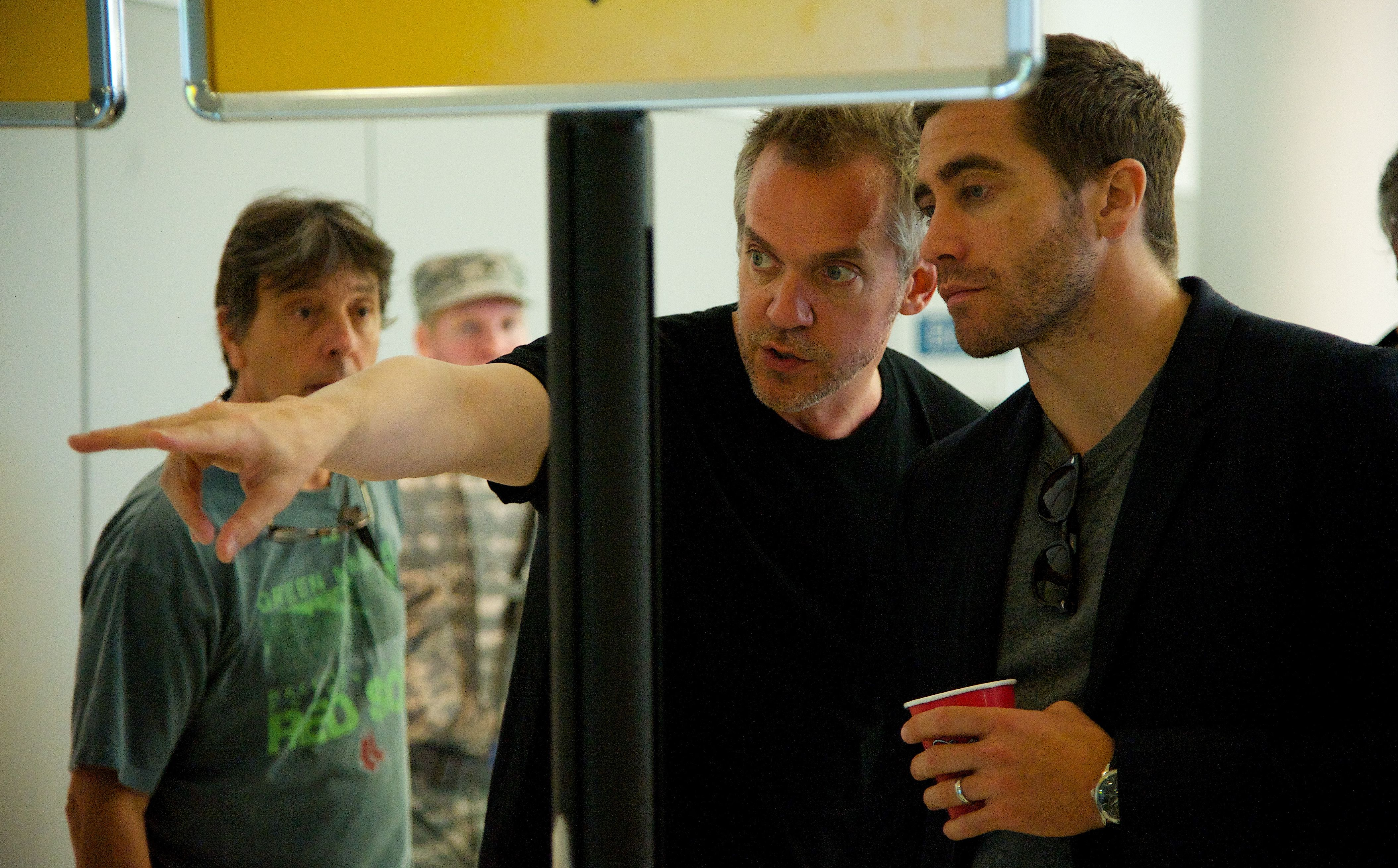 Jake Gyllenhaal and director Jean-Marc Vallée on the set of