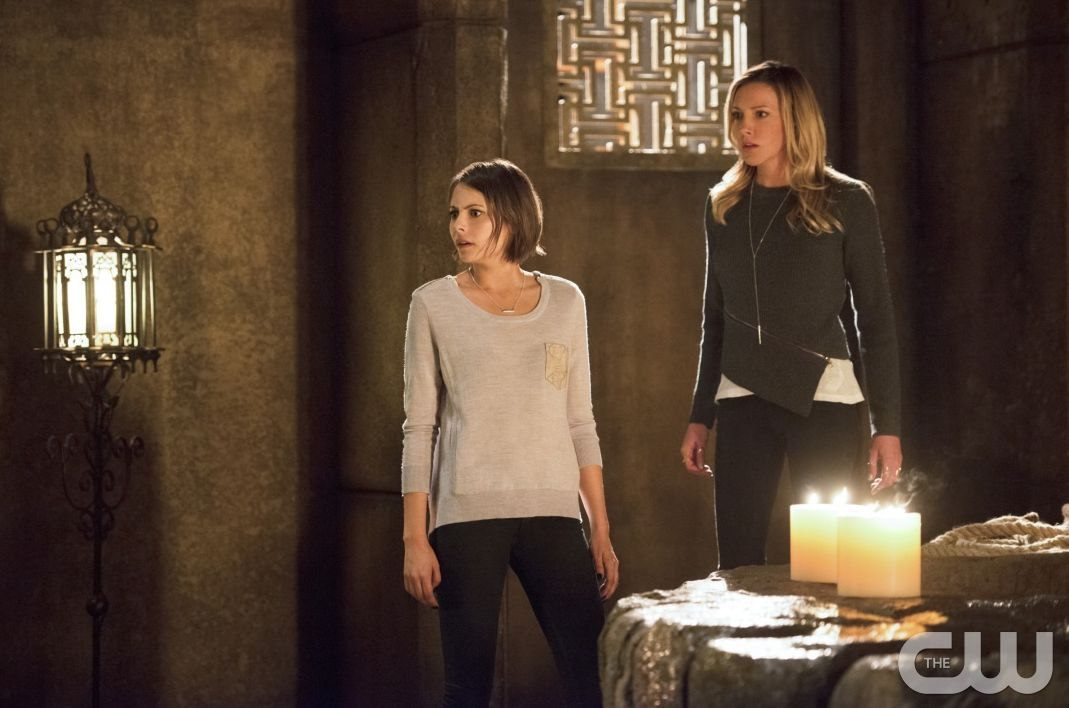 Thea Queen & Laurel Lance