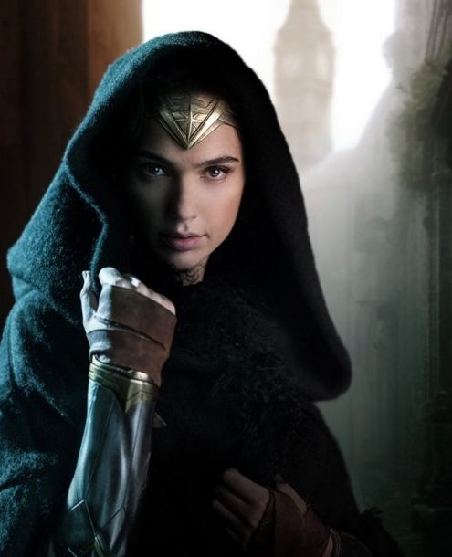 Gal Gadot is enchanting in first image from the set of Wonde