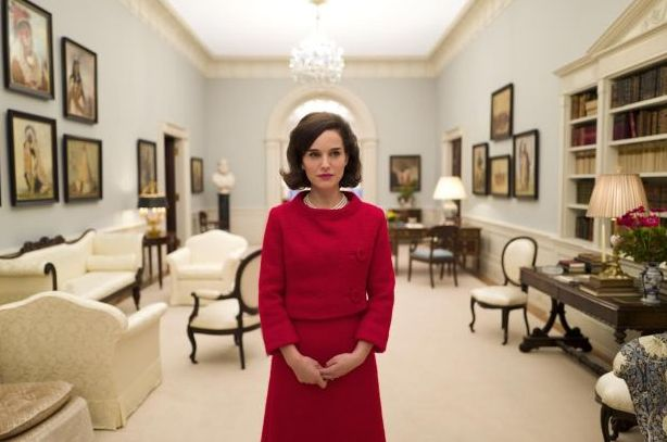 First Image of Natalie Portman as Jacqueline Kennedy in Post