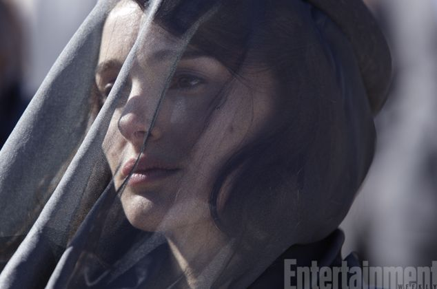 First image of Natalie Portman playing Jackie Kennedy in Upc