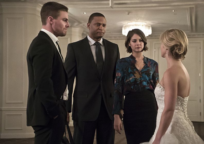 "Oliver, John Diggle, Thea, Felicity on ""wedding day"""