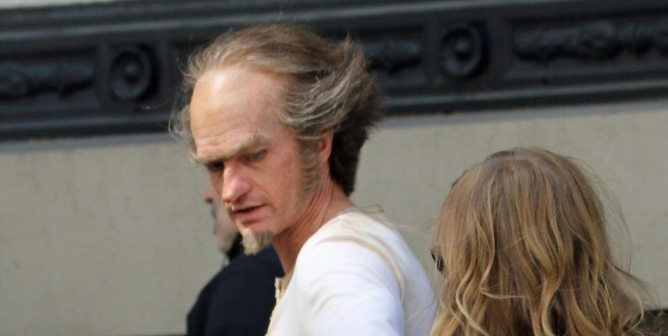 Neil Patrick Harris spotted as Count Olaf on the set of Netf