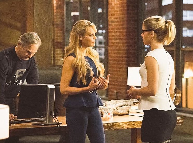 Felicity Smoak and her parents