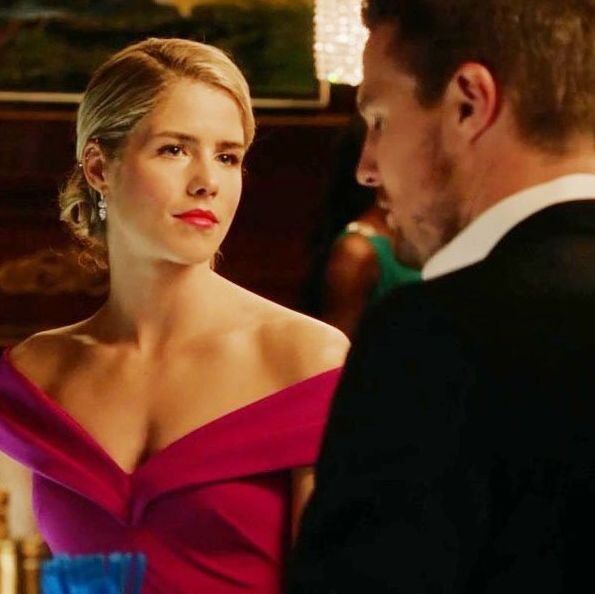Felicity Smoak and Oliver Queen at Hub City casino