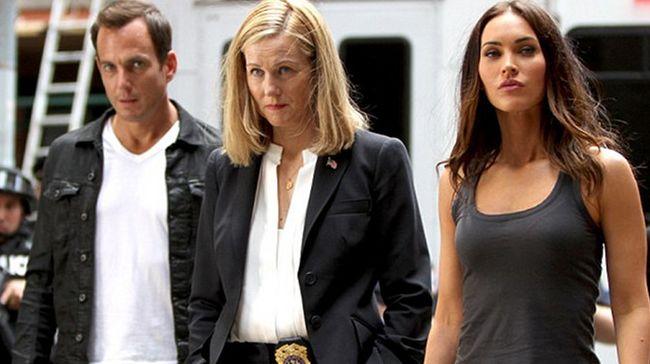 """Will Arnett, Laura Linney, Megan Fox in """"TMNT: Out of the Shadows"""""""