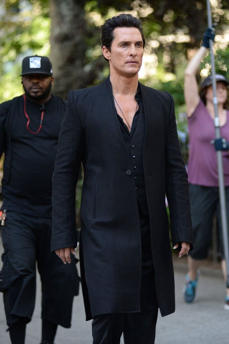 First look at Matthew McConaughey as The Man in Black in 'Th