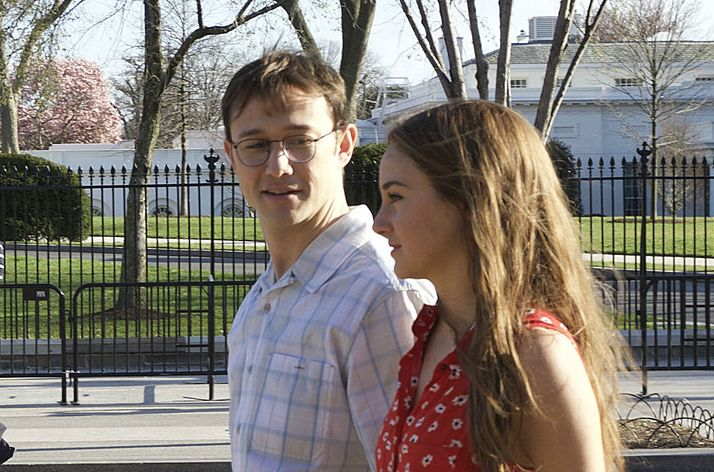 "Joseph Gordon-Levitt and Shailene Woodley in ""Snowden"""