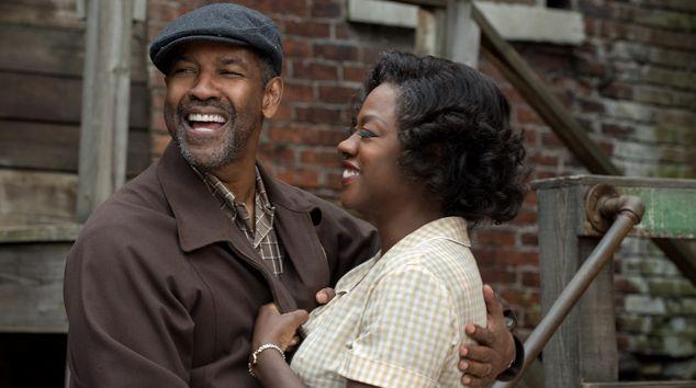 Denzel Washington and Viola Davis in 'Fences' (var)