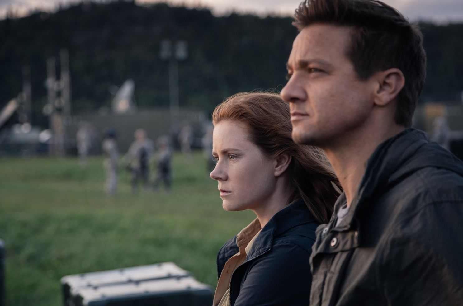 "Amy Adams and Jeremy Renner in ""Arrival"""