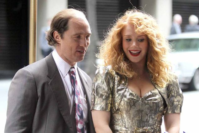 "Matthew McConaughey and Bryce Dallas Howard in ""Gold"""