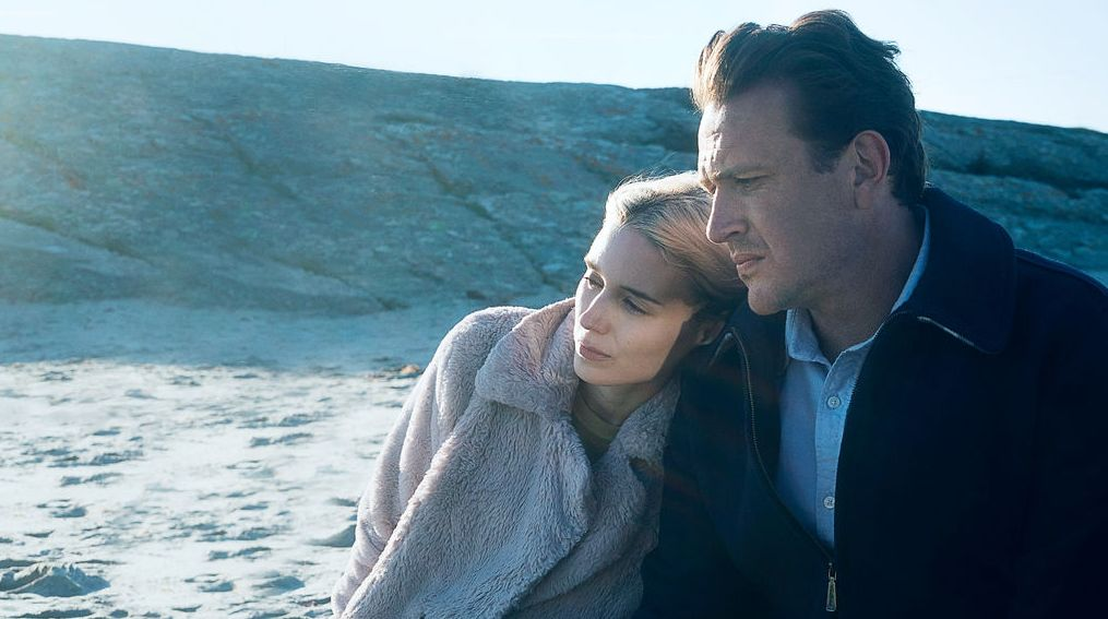 """Rooney Mara and Jason Segel in """"The Discovery"""""""
