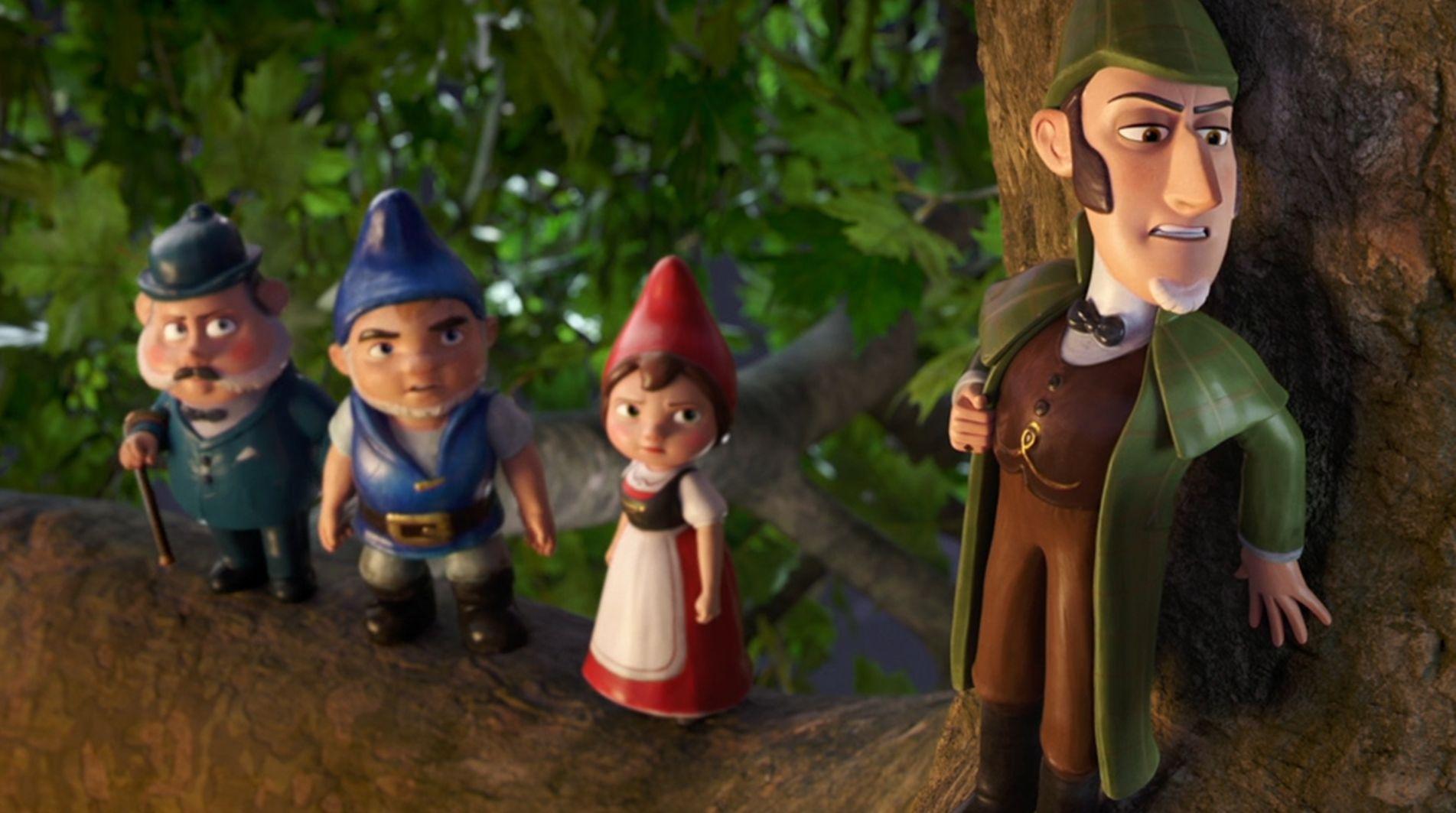 Watson, Gnomeo, Juliet and Sherlock Gnomes