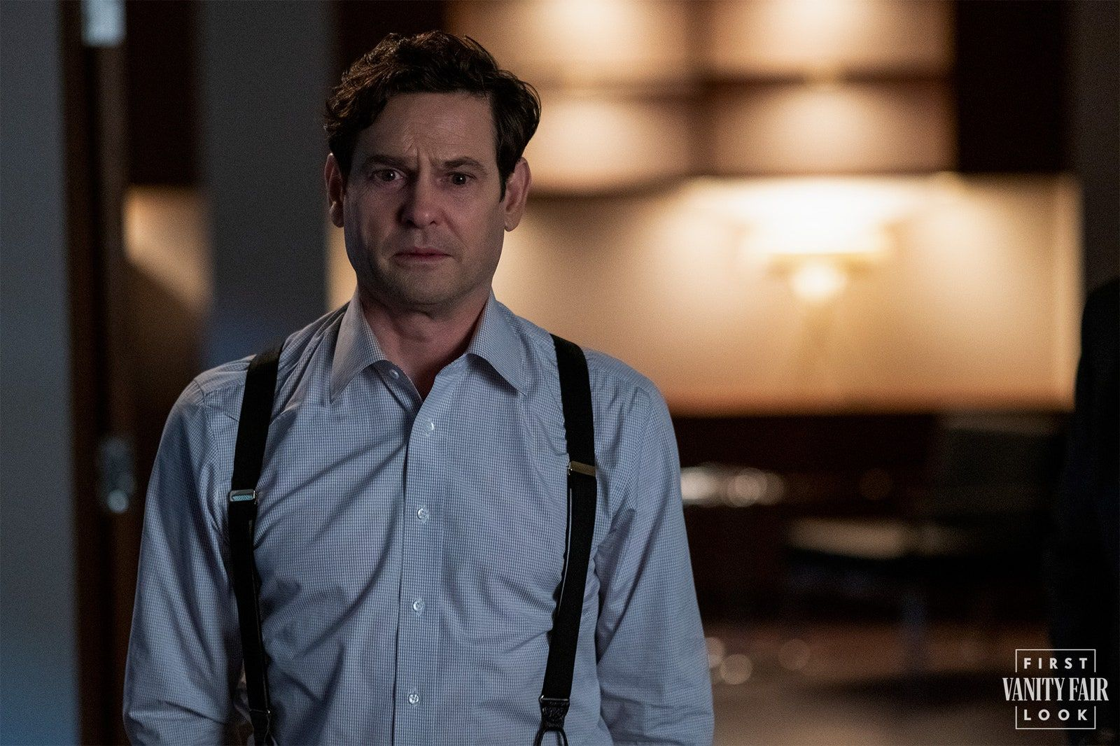 Henry Thomas as the uncle who wants to avoid Bly Manor—and his late brother's children. EIKE SCHROTER/NETFLIX