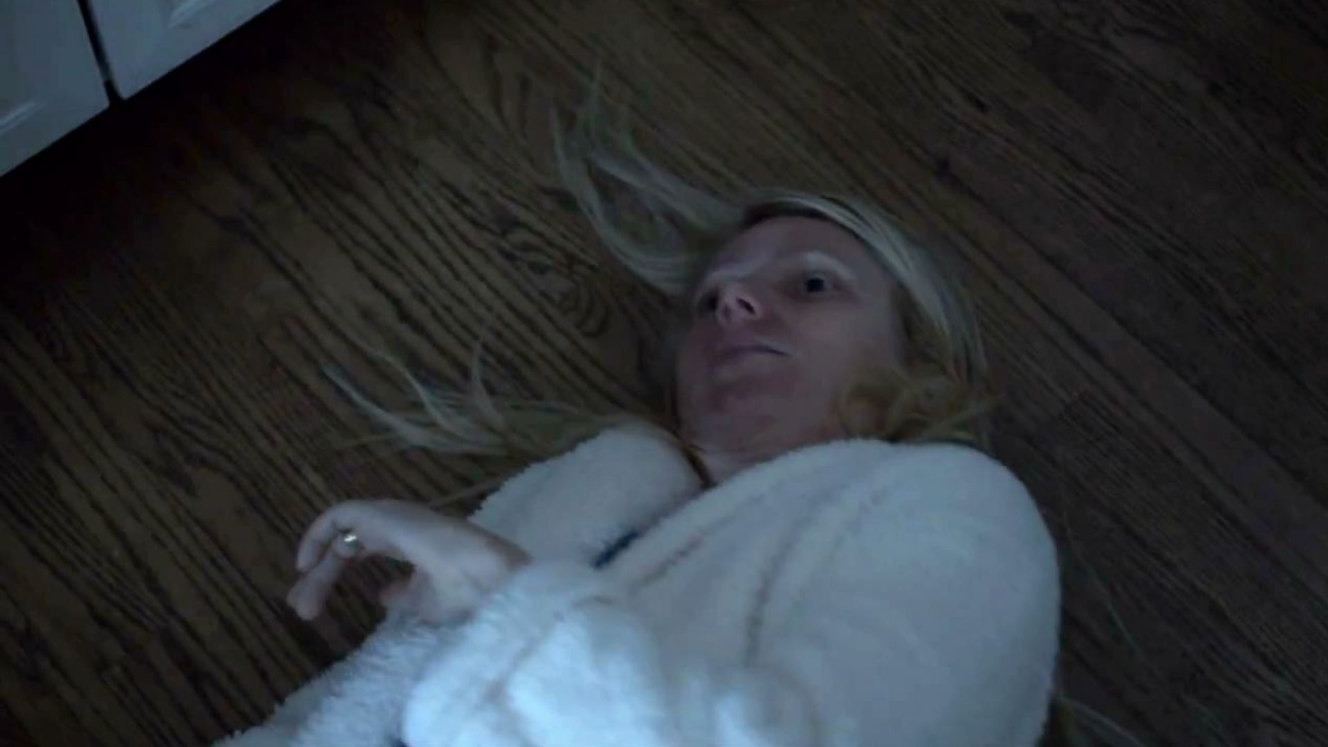 Gwyneth Paltrow gets infected in Contagion