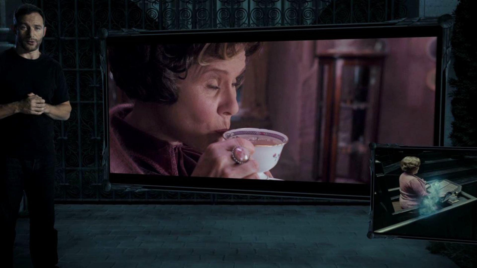 Dolores Umbridge in Harry Potter 7