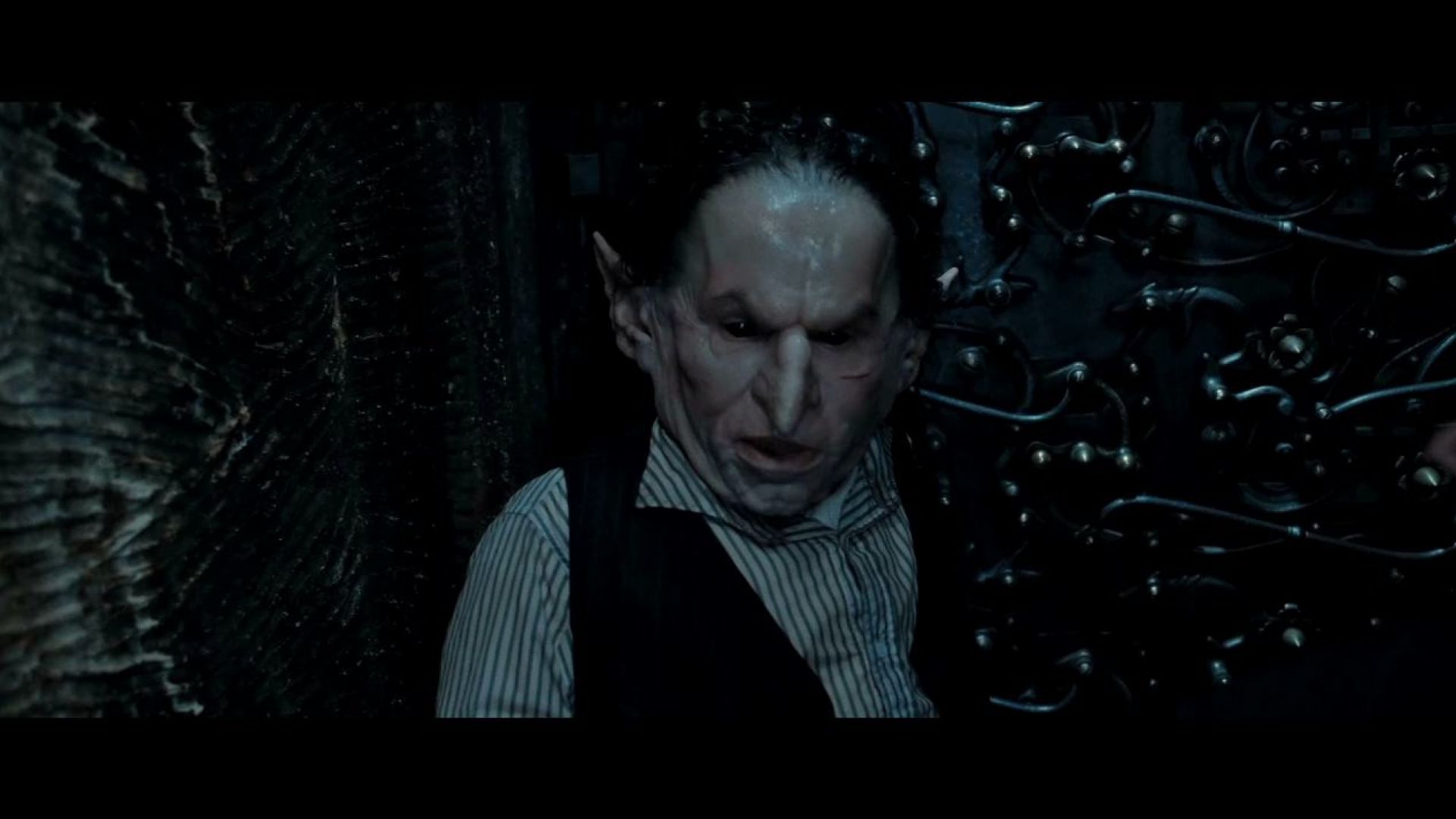 The Gemino curse will multiply everything. Harry Potter 7 Part 2
