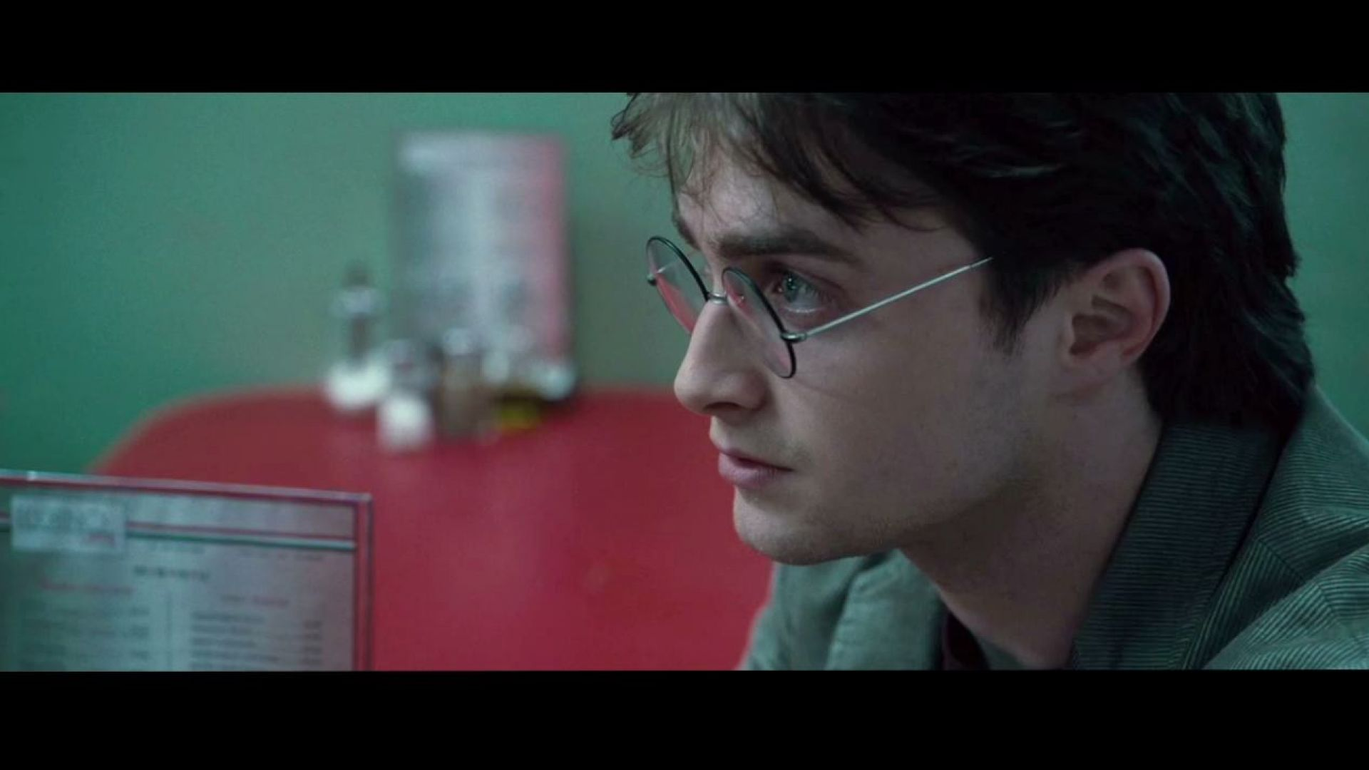 Harry Potter 7: Attack in the Cafe