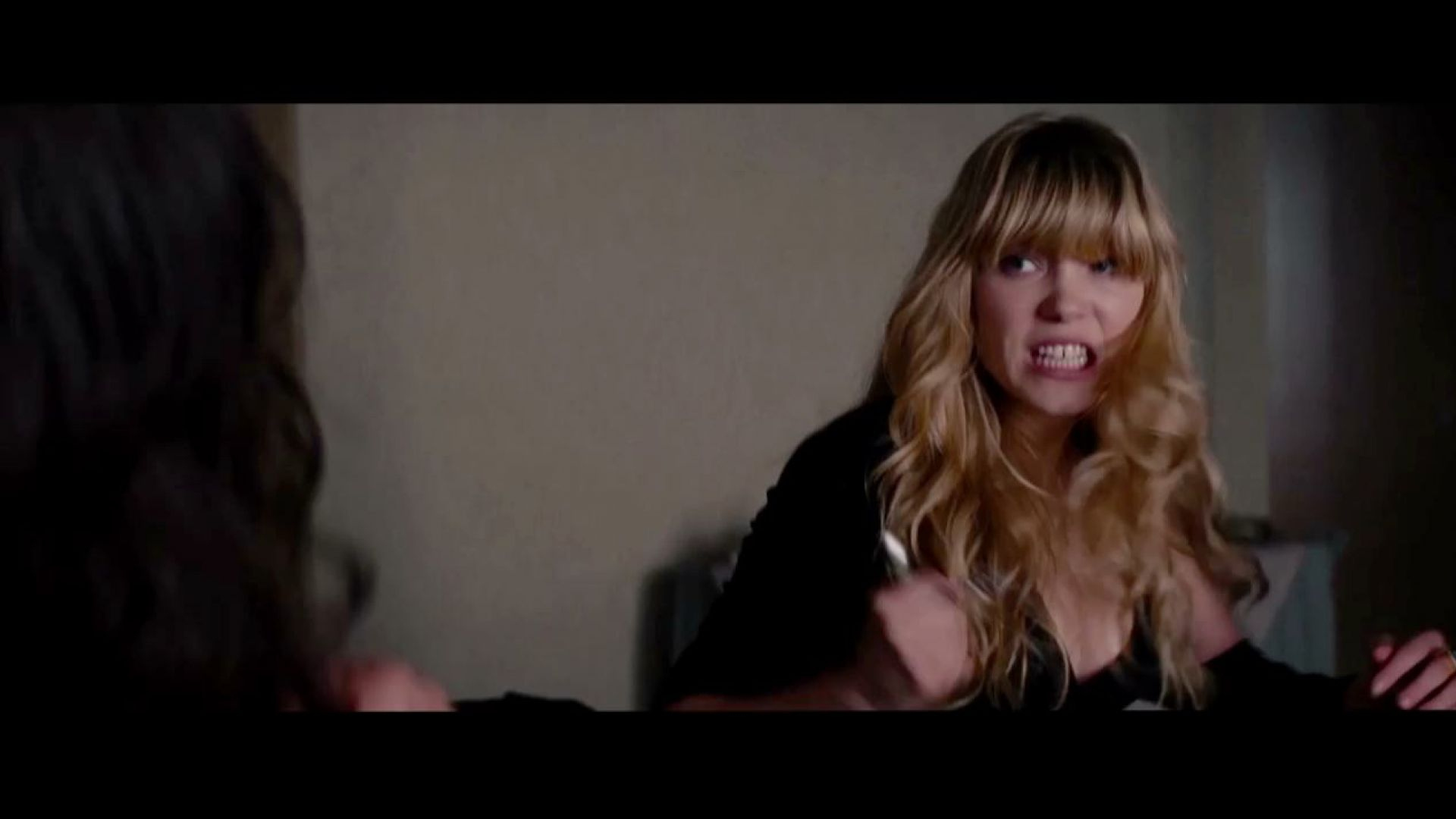lea seydoux and paula patton fight in mission impossible