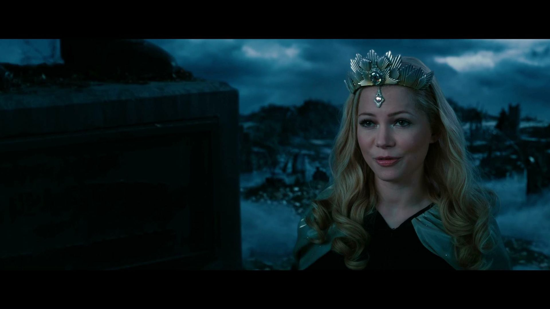 Did those crows just say we're gonna die? Oz the Great and Powerful