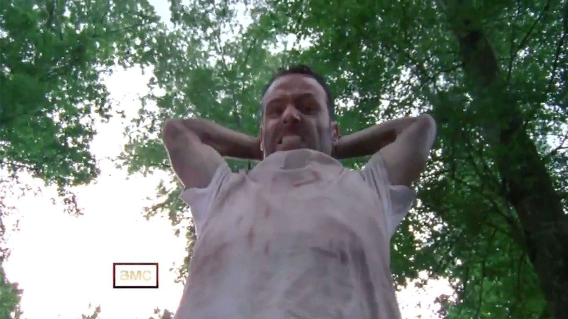 Rick Grimes awaits the zombies in The Walking Dead season two