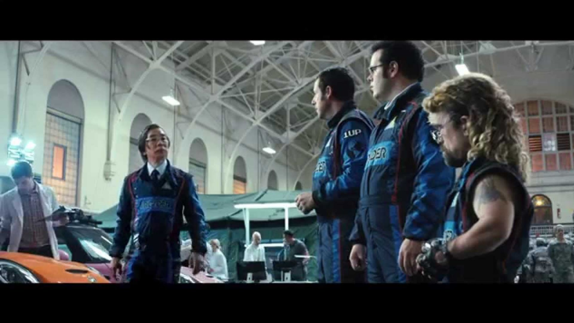 Aliens send real-life video games to earth to destroy us in new Pixels trailer
