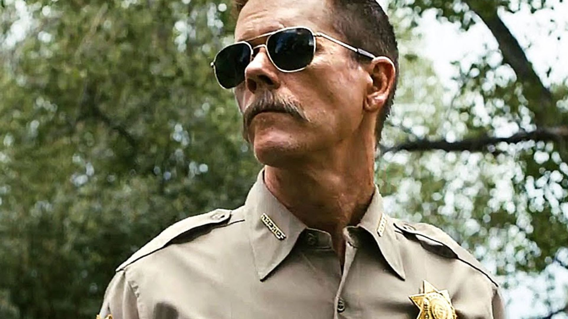 Kevin Bacon not happy when two boys steal his ride in Cop Car