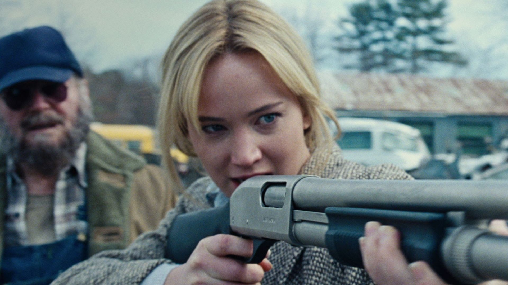 Jennifer Lawrence Stars in First Trailer for New Comedy 'Joy