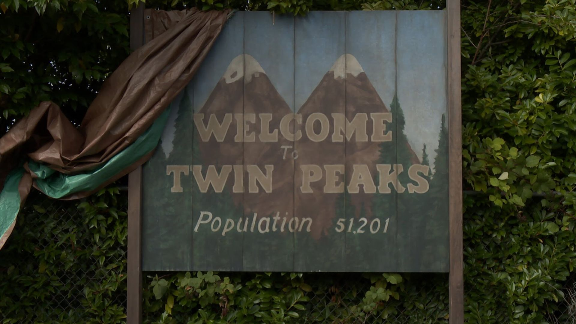 'Twin Peaks' Now In Production. Coming To Showtime In 2017 (