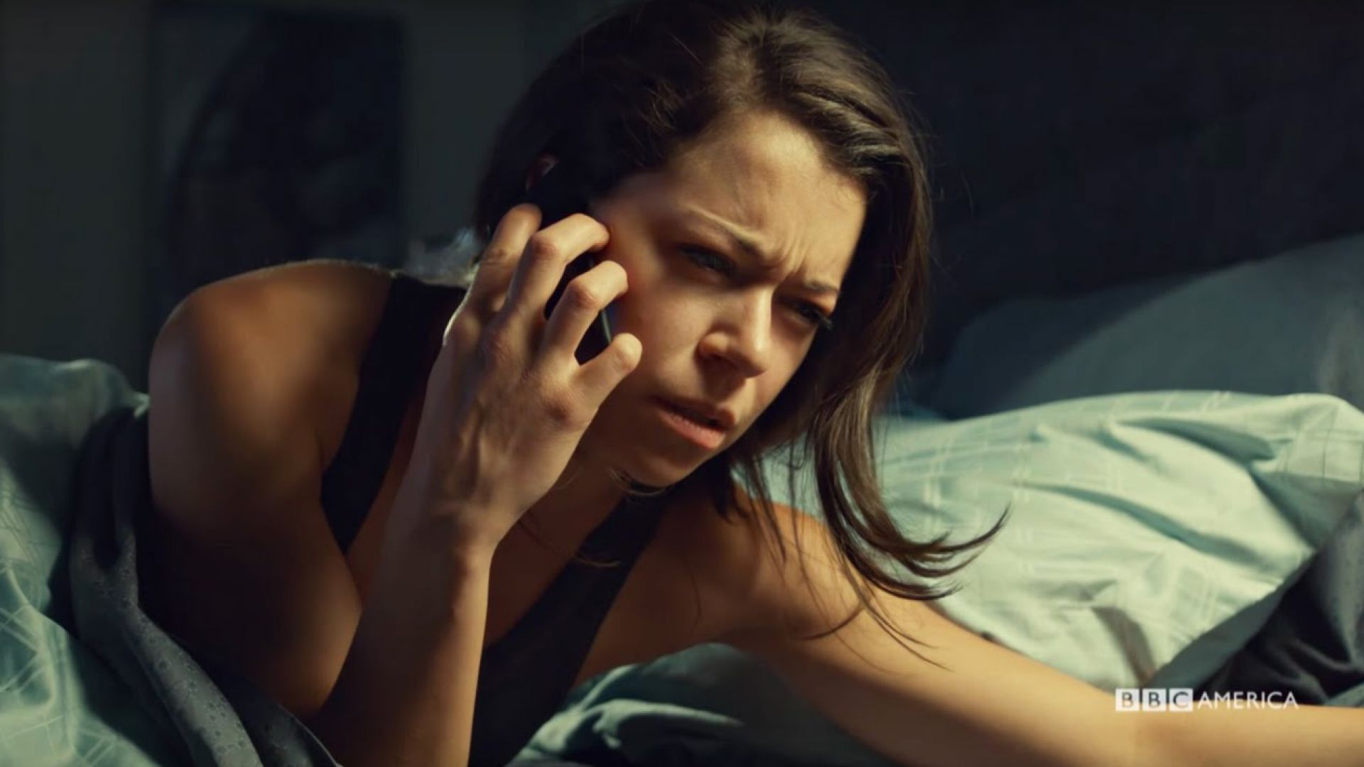 Watch the first four minutes of Orphan Black Season 4