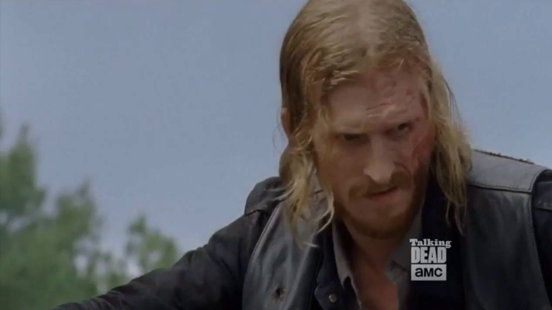 Here's our first, unpleasant look at season 7 of 'The Walkin
