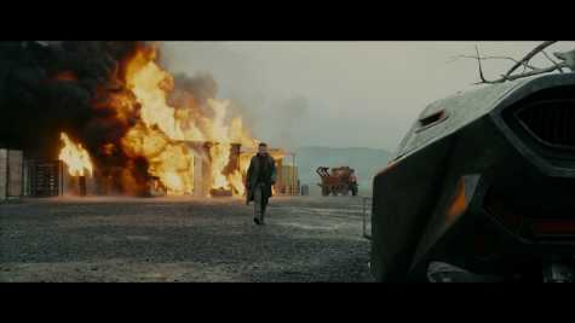"""Blade Runner 2049 """"Time To Live"""" Featurette"""