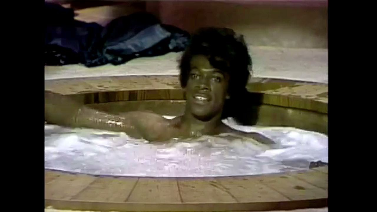 SNL - James Brown Celebrity Hot Tub - Theme Song : Free ...