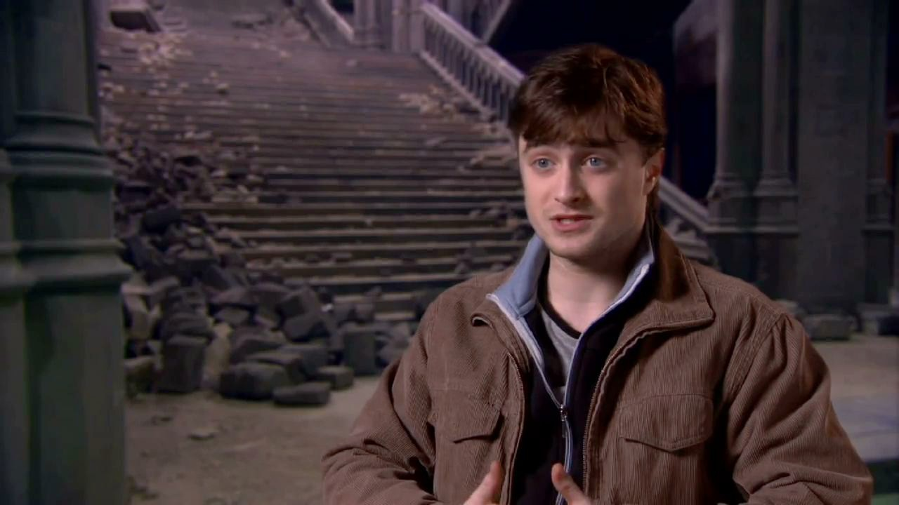 Daniel Radcliffe Harry Potter And The Deathly Hallows Part 2 Daniel Radcliffe on the kiss