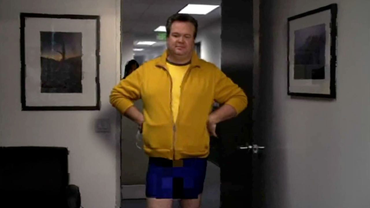 cam is incredibly sensitive about comments concerning his physique. modern family HD